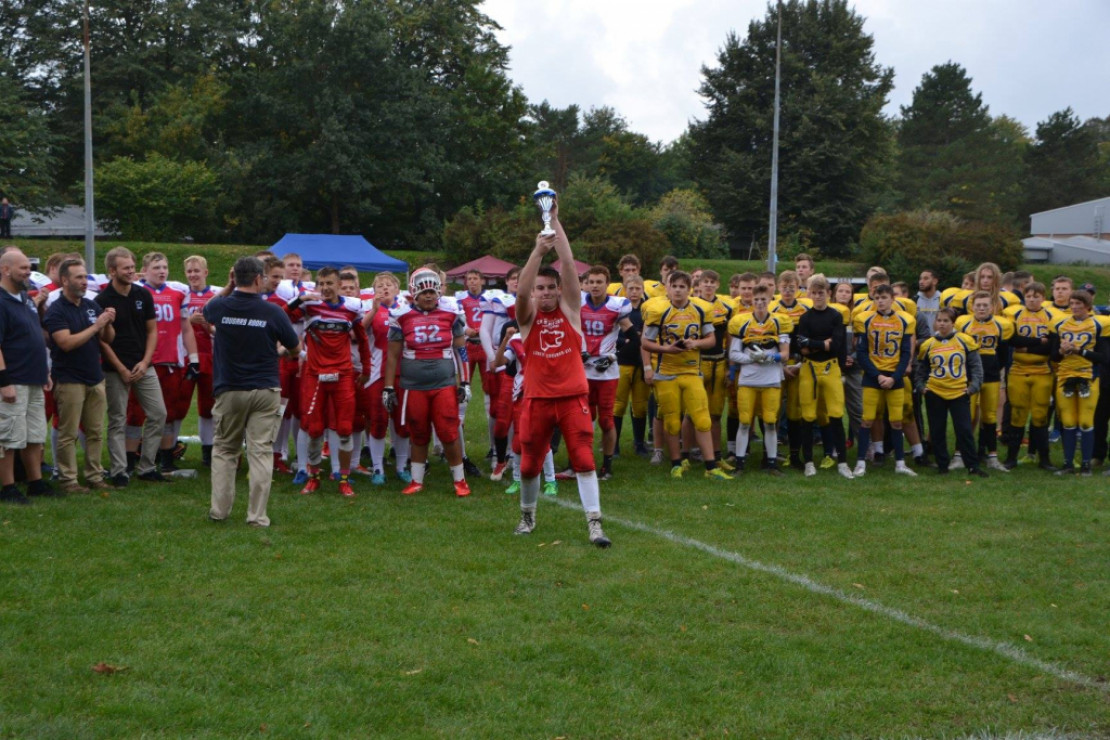 U16: Meister mit Perfect Season